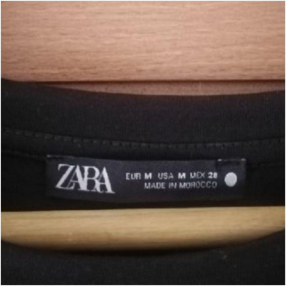 Haut zara avec détails plissés neuf