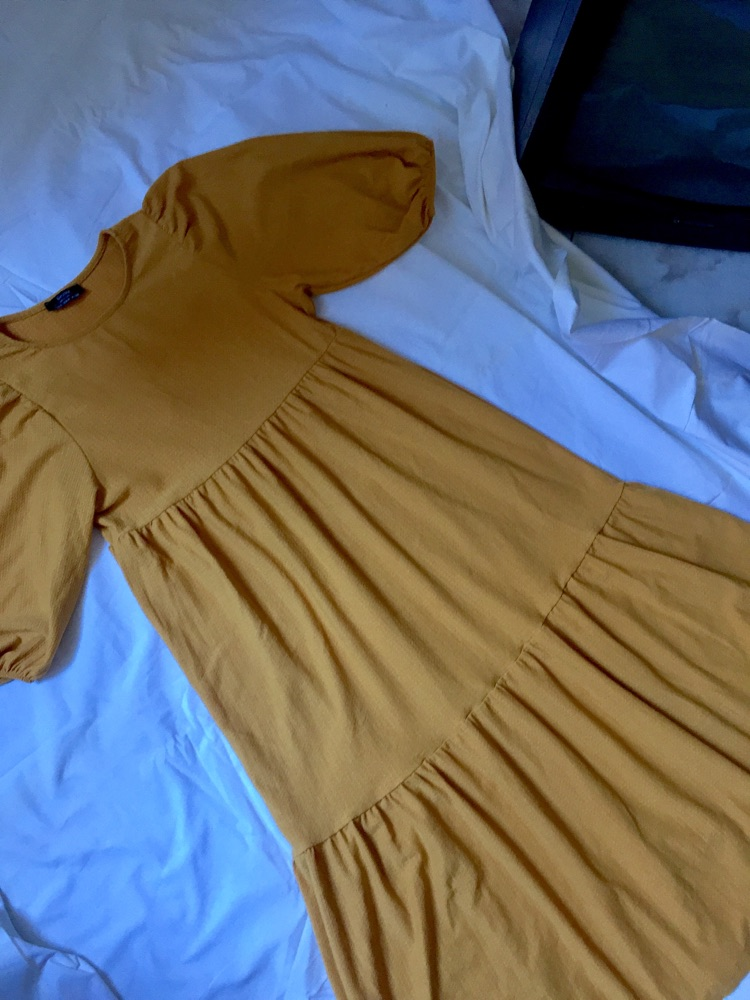 Puffy bershka dress