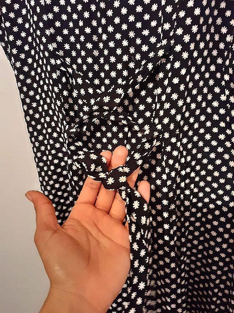 Robe longue avec boutons col Claudine