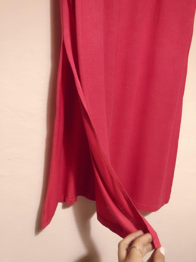Robe corail longue avec fente